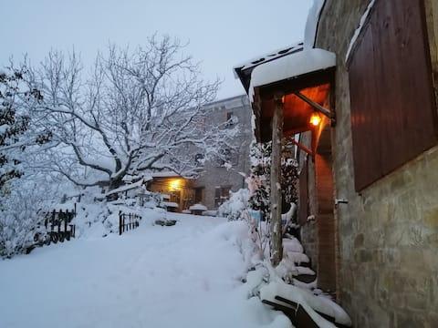 Barbugli, Witch Cottage