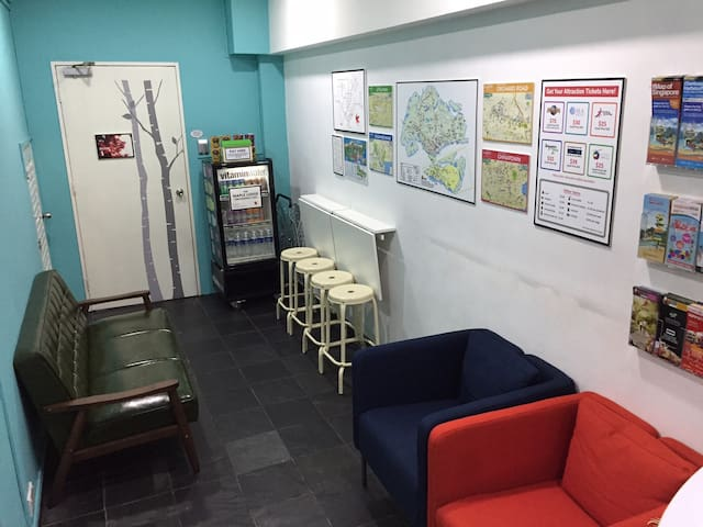 DORMS - Excellent location in Chinatown