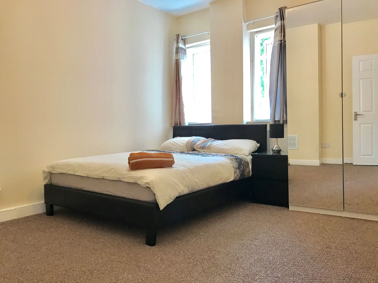 Double spacious room with plenty of space