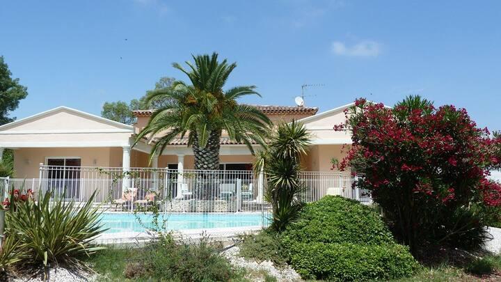 Les Cigalous - Chambre Cévennes + piscine