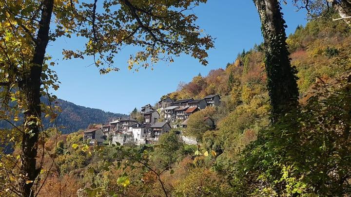 CASA LINA antico borgo CHIAPPINI frazione Arina