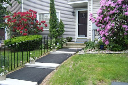 Middletown, Ct Wesleyan Hills $58. - Middletown - Bed & Breakfast
