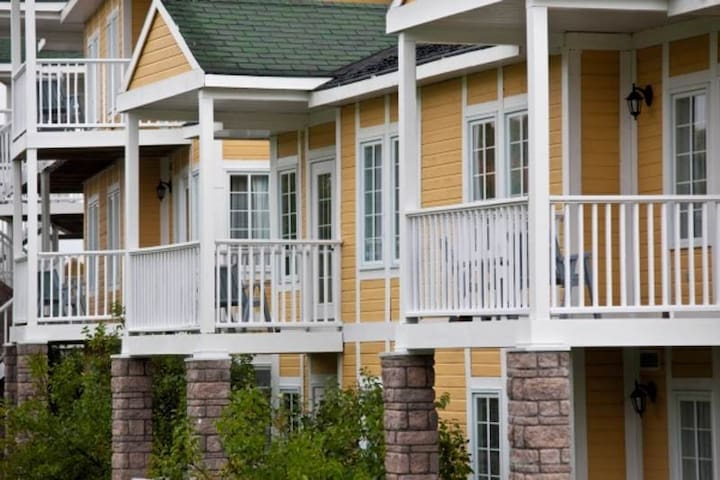 Carriage Hills Resort - Oro Medonte  - Apartemen