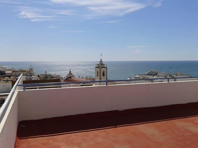 1 Bed Apartment, balcony, sea view, wi-fi, air con