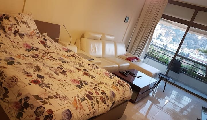 A402, comfortable studio in Siwar center