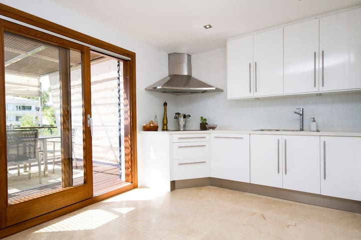 Sea view villa, Portals, Mallorca, sleeps 10 - Costa d'en Blanes - House