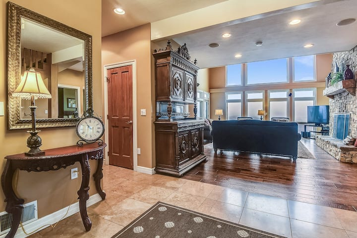 Lake Access Home w/ Private Indoor Pool, Hot Tub
