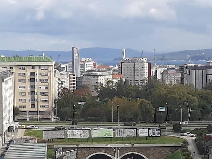 Habitación confortable en piso bien ubicado Coruña