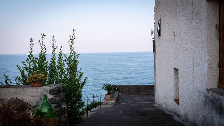 Countryhouse by the sea between Taormina & Catania