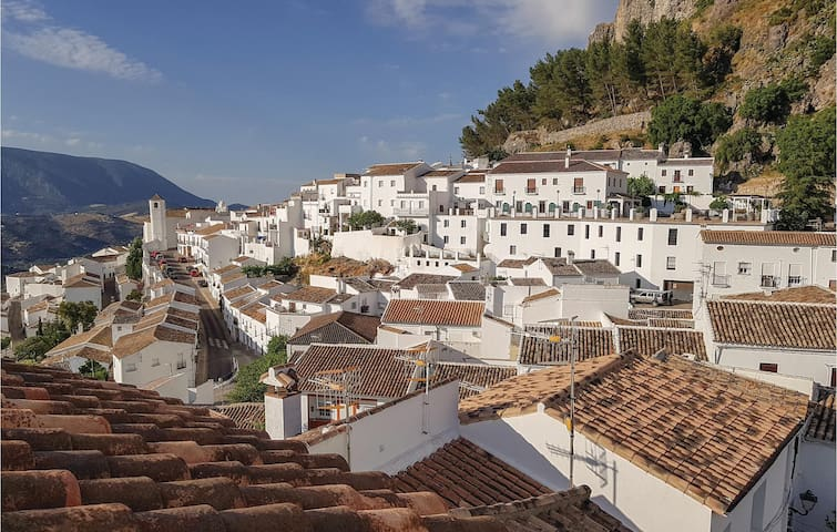 Airbnb Algodonales Vacation Rentals Places To Stay