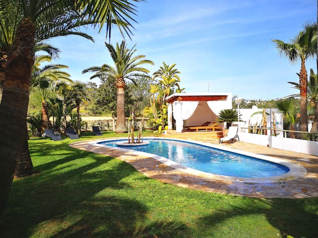 🌴 VILLA WITH POOL & CHILLOUT CAN.TEO 6+2PAX 🌴