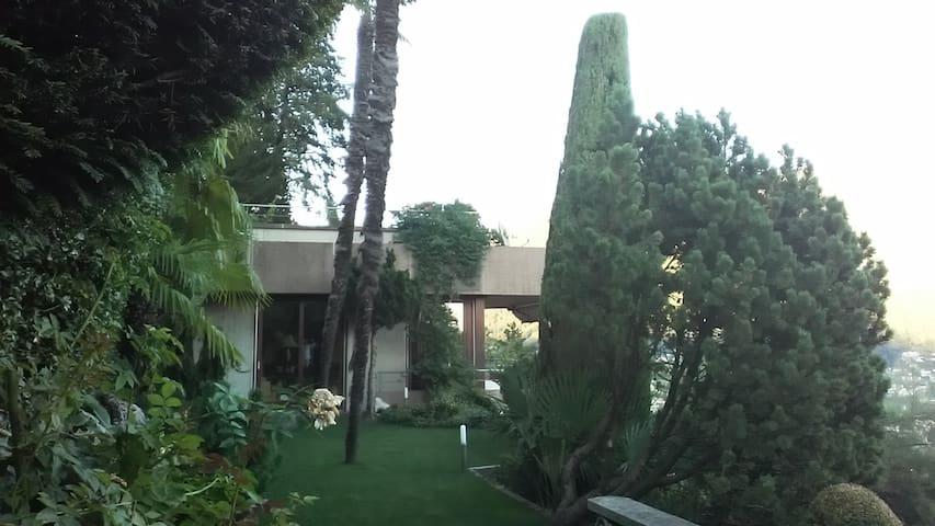 Villa Dorino, ci occupiamo di te - Porza - Huis