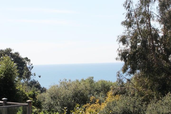 Ocean View Village Home Near Seashore Restaurants