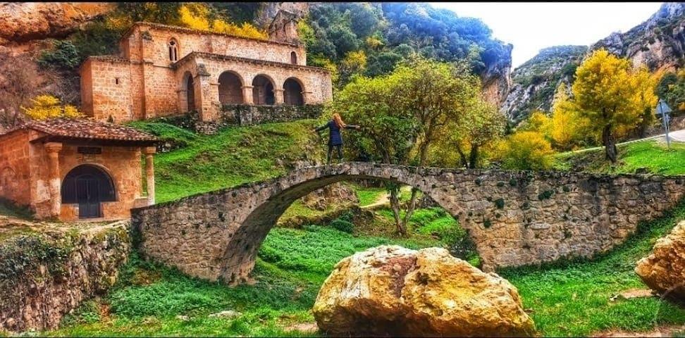 Casa ruralTobera Frías en las Merindades de Burgos