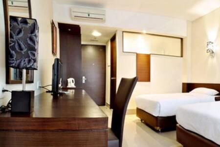 Feels like Home Bed&Breakfast Slipi - Jakarta - Bed & Breakfast