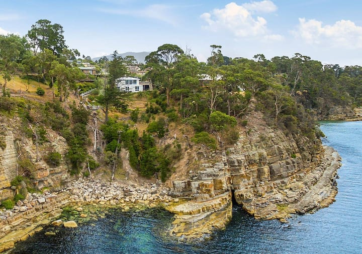 Hidden Bay Retreat-5 Bed- 15min to Hobart