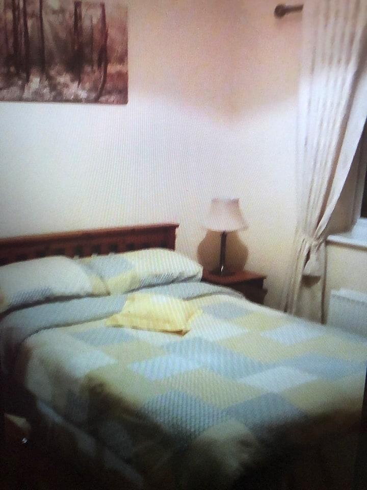 Bedroom 1 - Double Room