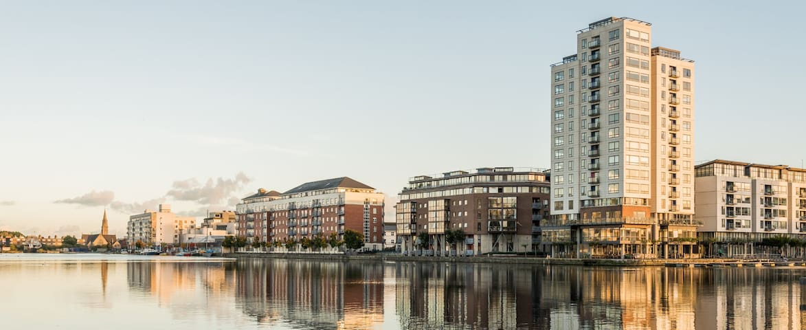 Stunning view over Grand Canal Dock