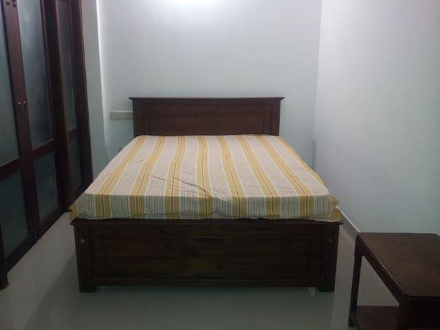 Luxurious Room - Nugegoda - Huis