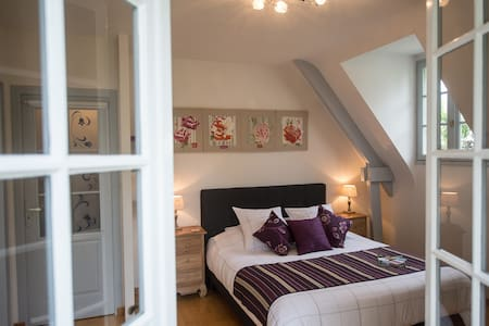 Bed & Breakfast Les Orchidées With Private Spa - Saumur