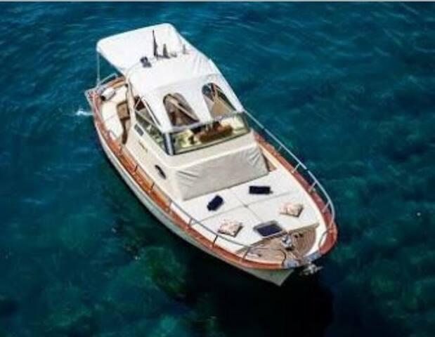 Join to Amalfi coast day tour f. Aprea 7.50