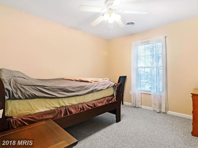 Private Upstairs Bedroom full bath carpet floor