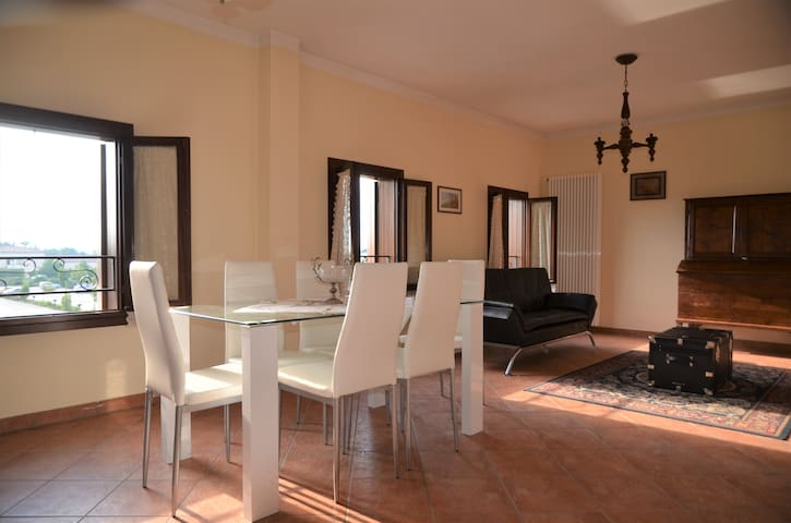 Elegant and cheap apartment in Camposampiero