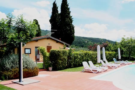 Cottage Romantic in Tuscany hills - Reggello - Zomerhuis/Cottage
