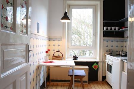 small apartment in Eimsbüttel
