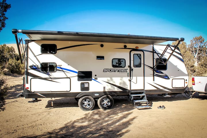Brand New Travel Trailer - Delivery Available!