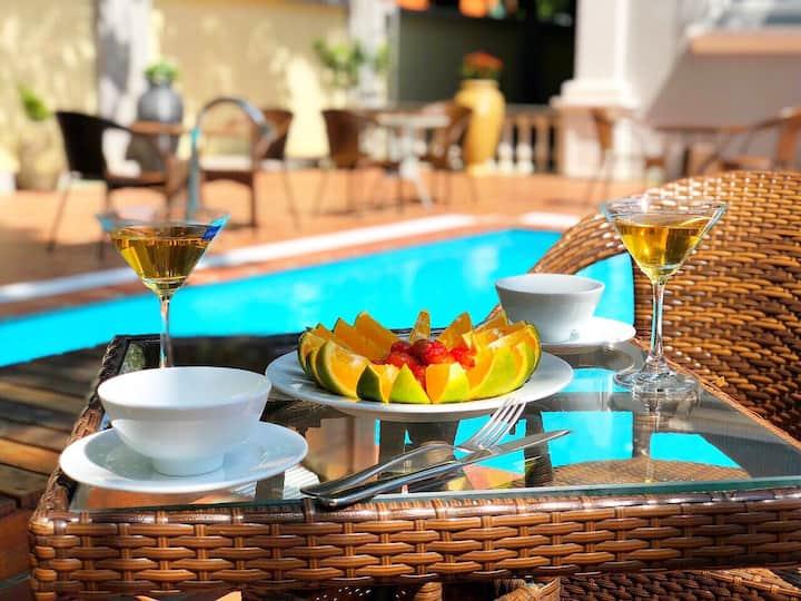 Hot price 3* hotel room, pool, buffet breakfast