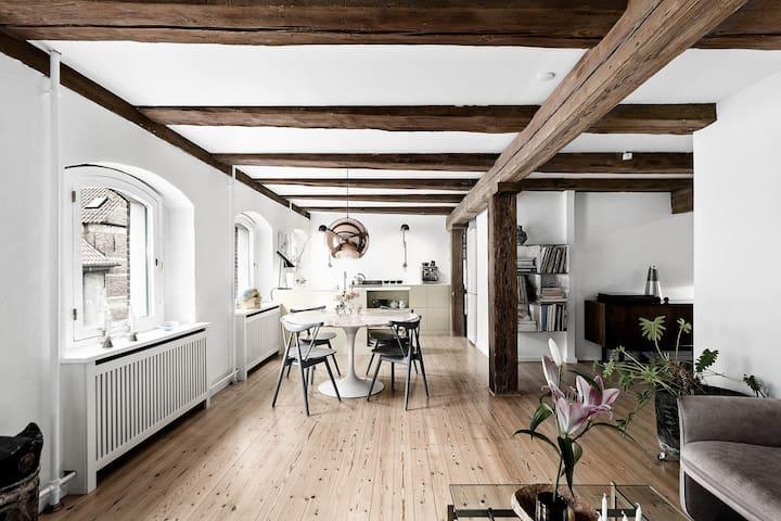 Hyggeligt pakhus på Christianshavn