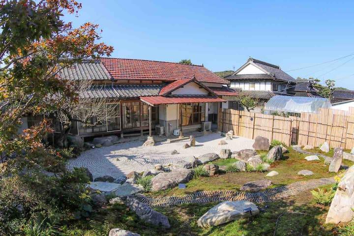 Japanese traditional house  Hotaru  Entire house