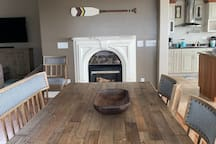 Dining room w/ Fireplace