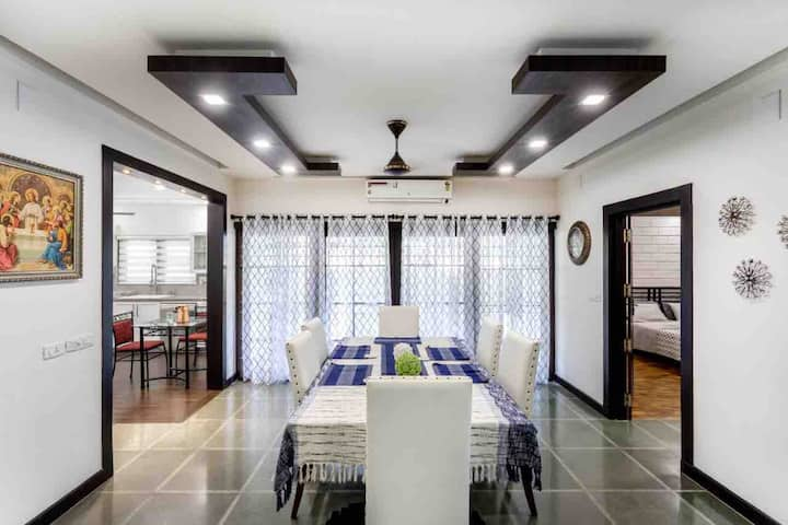 Luxury 5 Bed house near Panampalli Nagar, Kochi