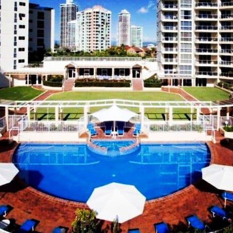 Huge Luxury Resort Apartment (#29) in Main Beach - Main Beach - Apartamento