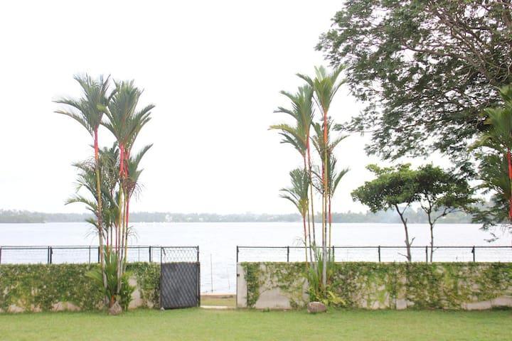 Serenity Lake Front Villa 4 BHK Villa, Colombo, SL - Moratuwa - Villa