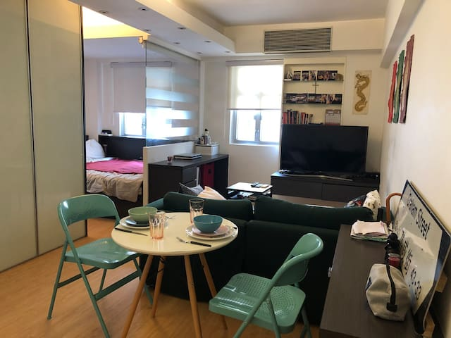 Beautiful studio in the heart of Western Central