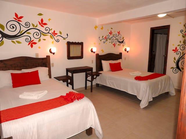 Hotel Posada Las Casas 2 camas matrimoniales