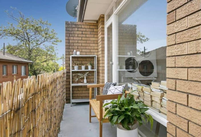Queenscliff apartment close to the beach!