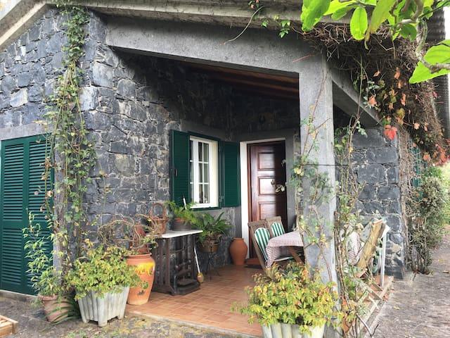 Inside the Nature!! Funchal - Funchal - Villa