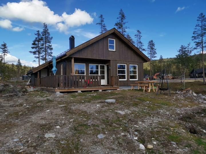 Ny, flott og komfortabel hytte på Turufjell