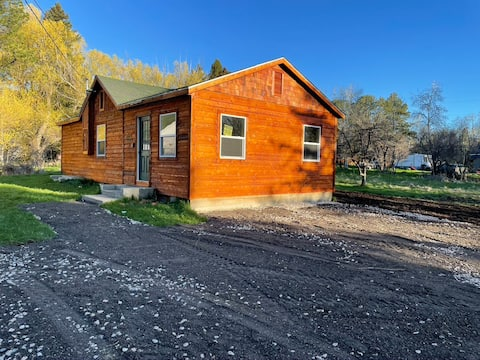 Fully Remodeled Cabin Retreat in Story, WY