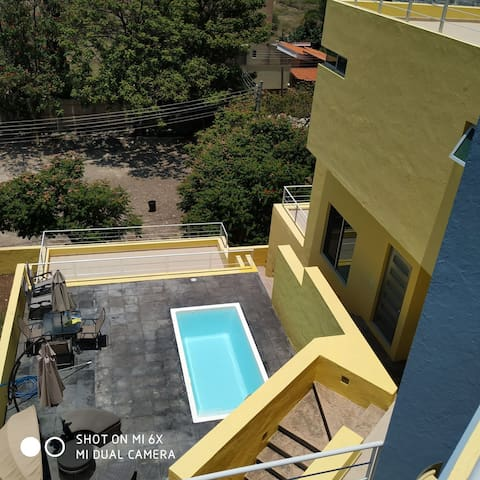 La Casa Amarilla or The Yellow House