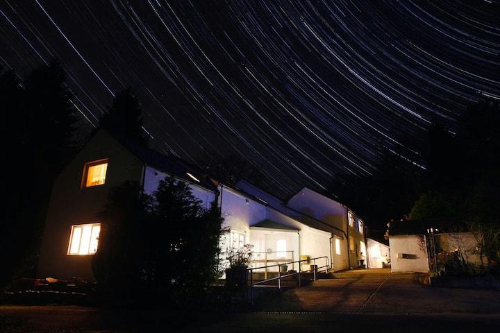 Bird House SLEEPS 16 Newly Refurbed Brecon Beacons