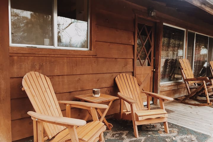 Cozy Cabin. 2 Miles to Bass Lake Close to Yosemite - Wishon - Dům