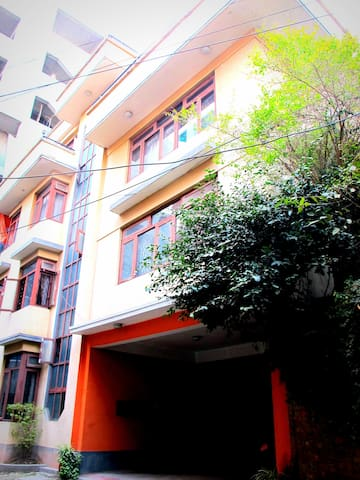 Room in historic location 1 - Lalitpur - Hus