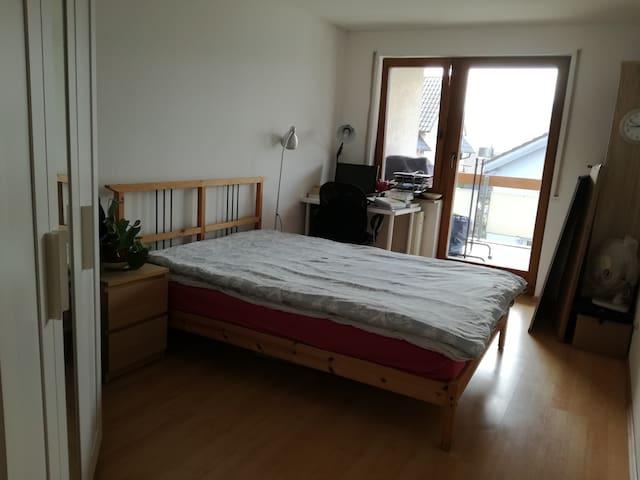 sunny room in leonberg