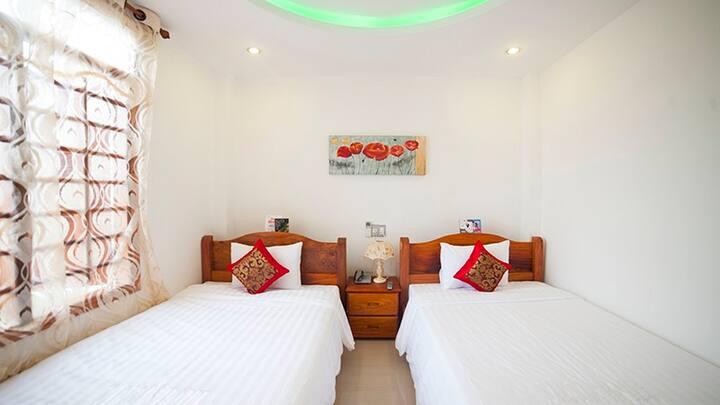 San San Hotel Twin bed 3*** (Beach)