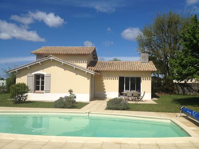 Villa avec piscine privée sur golf - Pays de la Loire - Villa